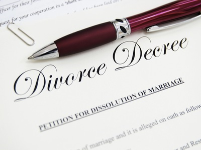 How to Choose the Best Divorce Lawyer in Daytona Beach or Volusia County